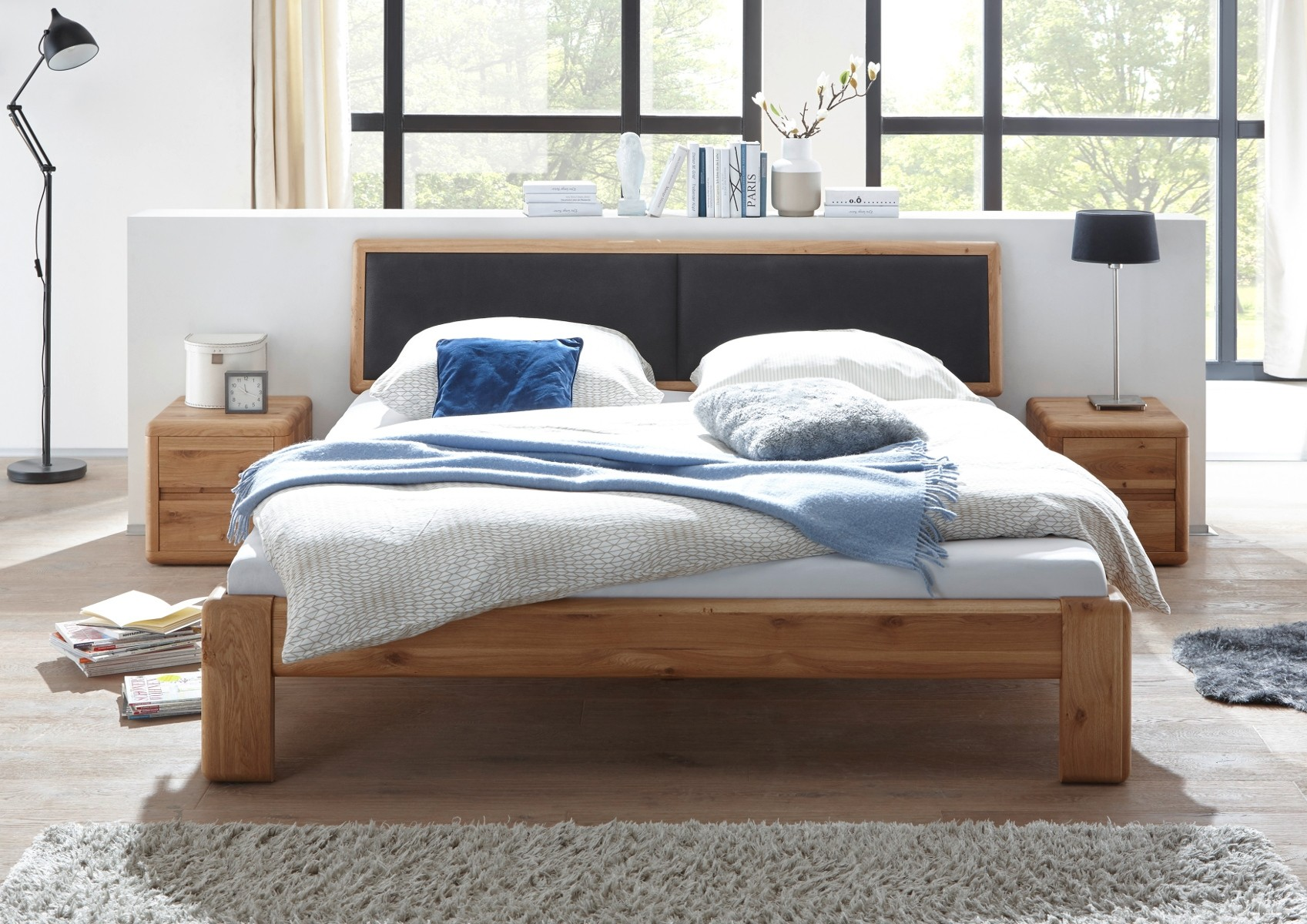 Empinio24 Doppelbett VERONA 200x200 cm Farbe Natur Asteiche, Eiche, Wildeiche Massivholz Breite 207 cm | Schlafzimmer > Betten > Doppelbetten | Empinio24