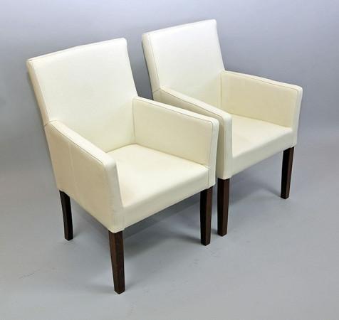 Armlehnstuhl aus Kunstleder Beine aus Buche oder Eiche Farben wählbar THEO